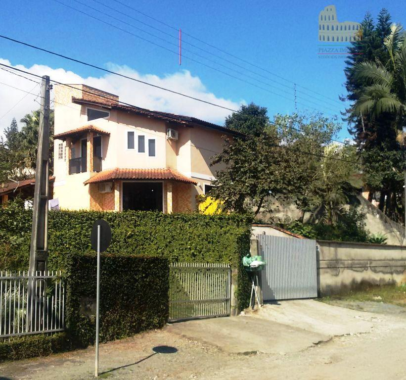 Casa residencial à venda, Vila Nova, Joinville.