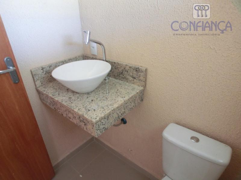 casa de primeira locação, fino acabamento, porcelanato em todos os cômodos, dois quartos, suíte, instalação para...