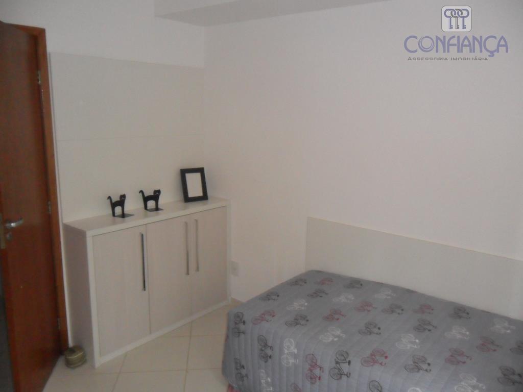 espetacular residência, composta de varanda, salão, 04 dormitórios, 02 suítes, lavabo. ampla copa cozinha, armários de...