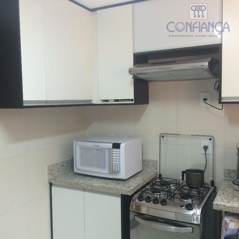 espetacular residência, composta de varanda, salão, 04 dormitórios, 02 suítes, lavabo. ampla copa cozinha, quintal com...