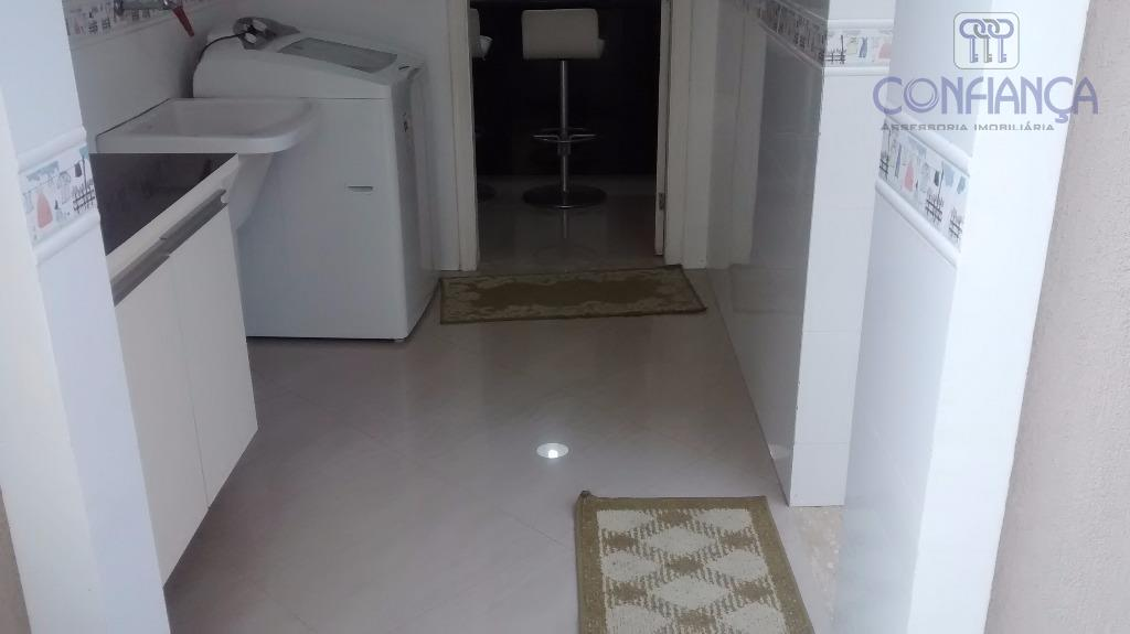 maravilhosa casa em condomínio fechado com poucas unidades, toda em porcelanato com solo impermeabilizado, sauna com...