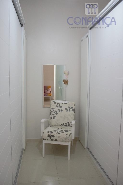 perfeita casa duplex com três quartos tendo duas suítes toda em porcelanato e fino acabamento. vale...