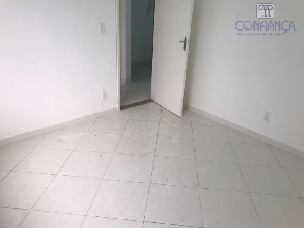 excelente apartamento com dois quartos, sala, cozinha, banheiro, área de serviço. próximo a avenida das américas...