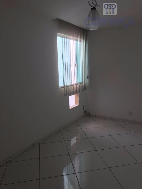 maravilhosa casa com dois quartos sendo um suite, uma sala ampla, lavabo, cozinha, área de serviço,...
