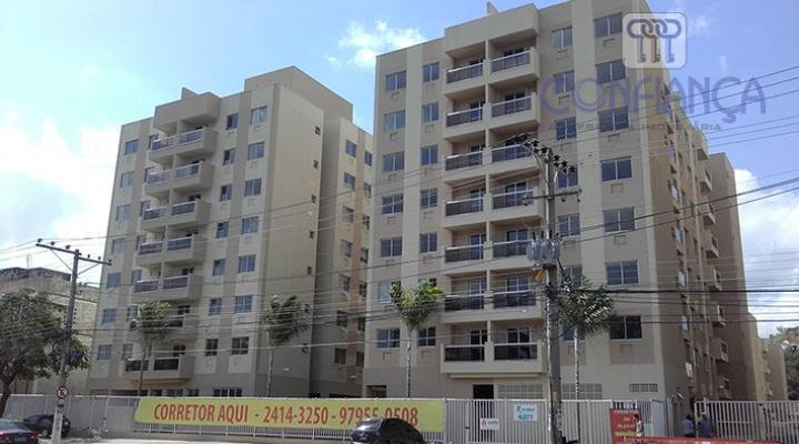 Apartamento com 4 dormitórios para alugar, 108 m² por R$ 2.000/mês - Campo Grande - Rio de Janeiro/RJ