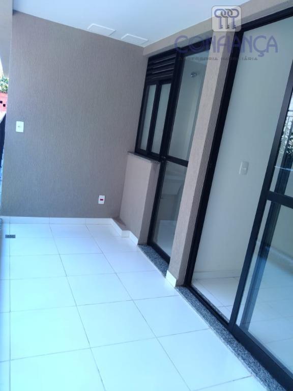 Apartamento com 3 dormitórios para alugar, 80 m² por R$ 1.800/mês - Campo Grande - Rio de Janeiro/RJ