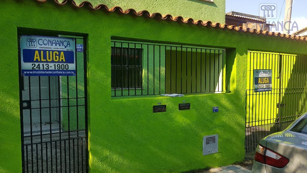 Casa com 2 dormitórios para alugar, 70 m² por R$ 1.000/mês - Campo Grande - Rio de Janeiro/RJ