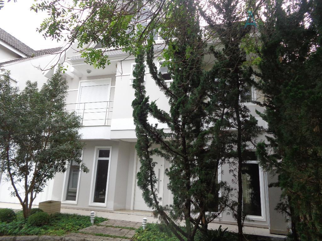 linda casa, estilo americana, em condomínio fechado, localizado no bairro jardim social.possui ar condicionado (sala e...