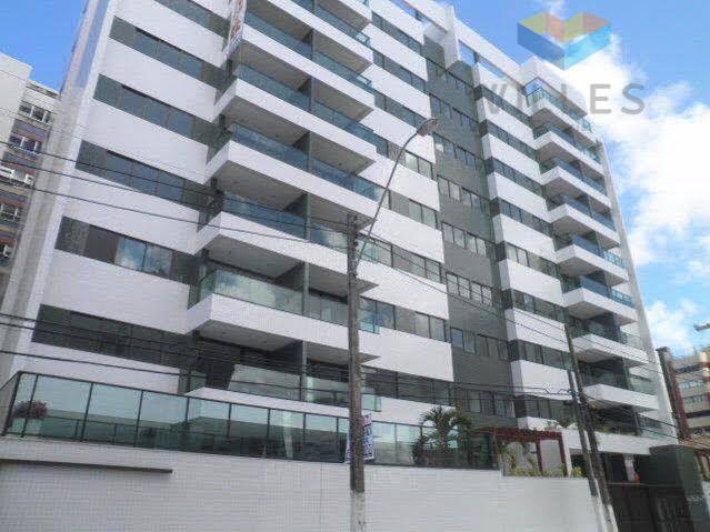 Apartamento com 3 dormitórios à venda, 131 m² por R$ 815.961 - Jatiúca - Maceió/AL