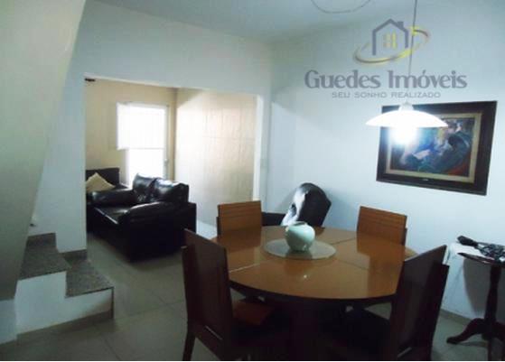 Ótima Casa Duplex e Terraço  4 Qts (2 Suítes) em Condomínio