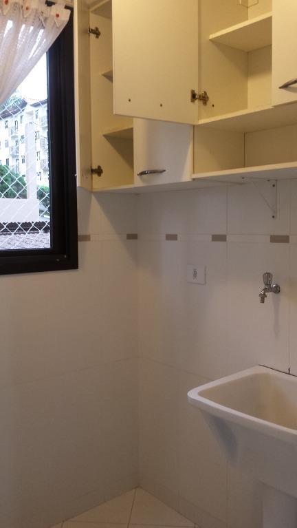 ref. 8192 - apartamento completamente reformado, 3 dormitórios com armários, sala ampla com sacada e sanca...