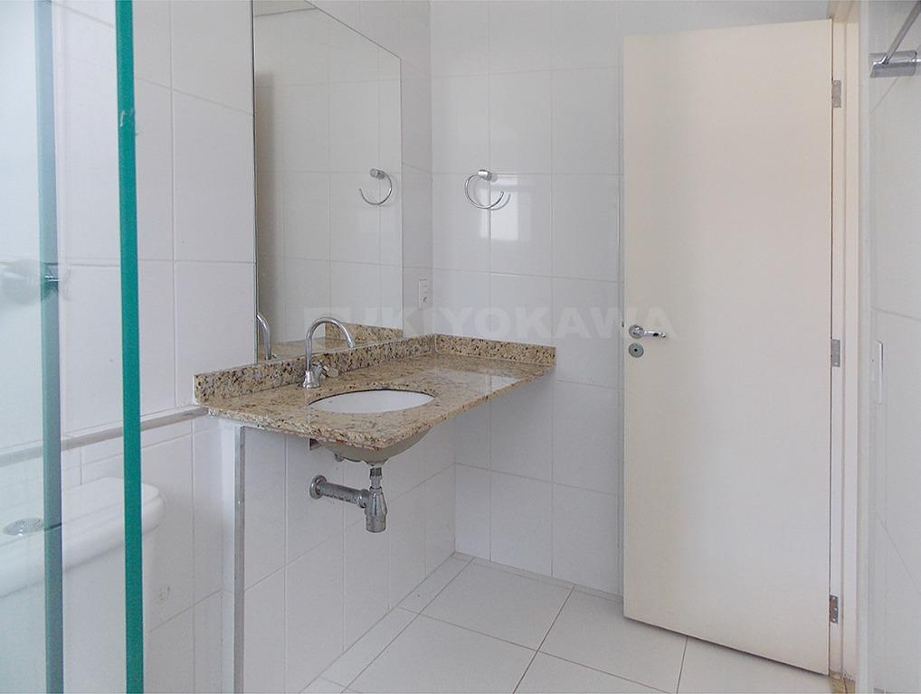 ref. 8214 - ótimo apartamento com varanda gourmet, sala ampla com piso laminado, 2 dormitórios amplos...
