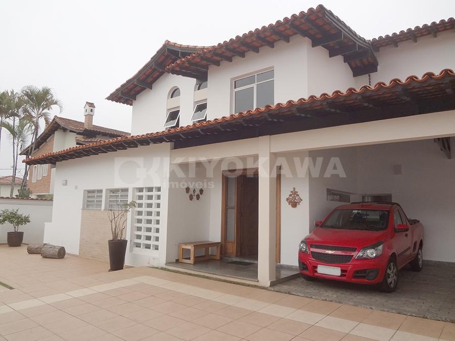 Excelente sobrado na Vila Oliveira com 1200m² de terreno