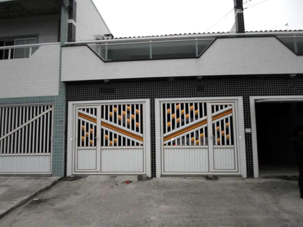 Sobrado residencial à venda, Tude Bastos (Sítio do Campo), Praia Grande - SO0867.