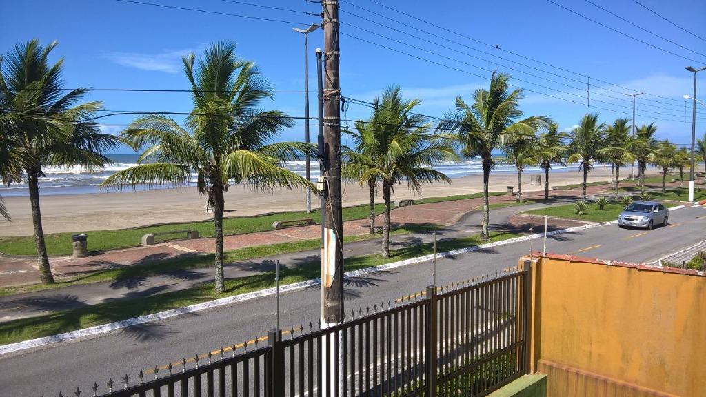 Casa ALTO PADRÃO Frente Mar, Solemar, Praia Grande.