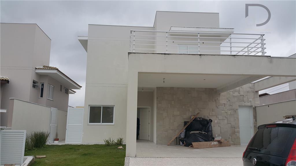 Linda Casa em Condomínio de Alto Padrão!!!