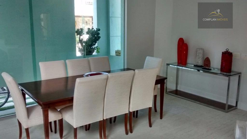 locação lúcio costa - excelente casa localizada no condomínio vivendas da barra, medindo 250m², de frente...