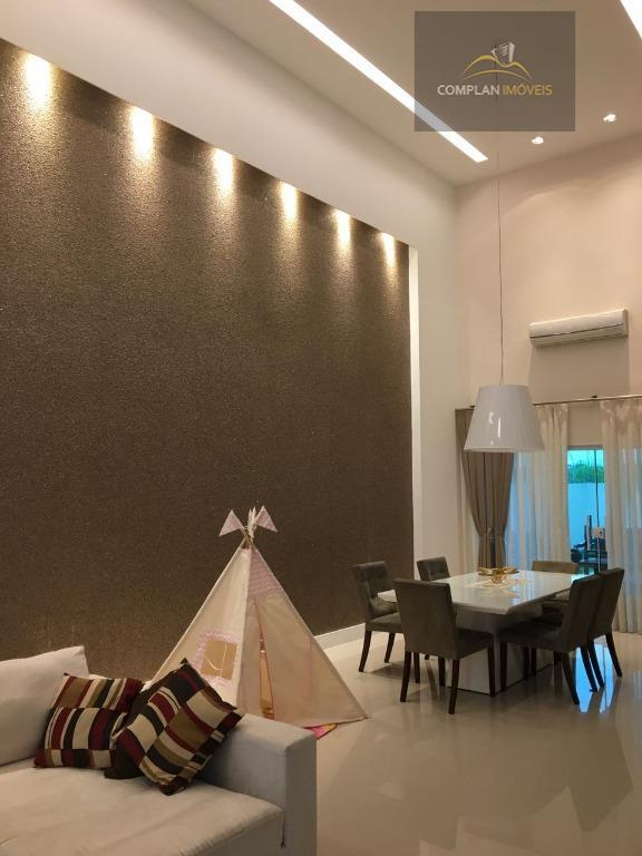 condomínio alpha ville - excelente casa composta por 4 suítes, 3 banheiros, sala, cozinha planejada, área...