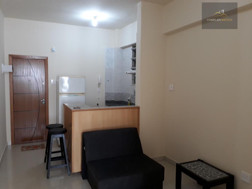 Apartamento com 1 dormitório para alugar, 45 m² por R$ 1.900/mês - Copacabana - Rio de Janeiro/RJ