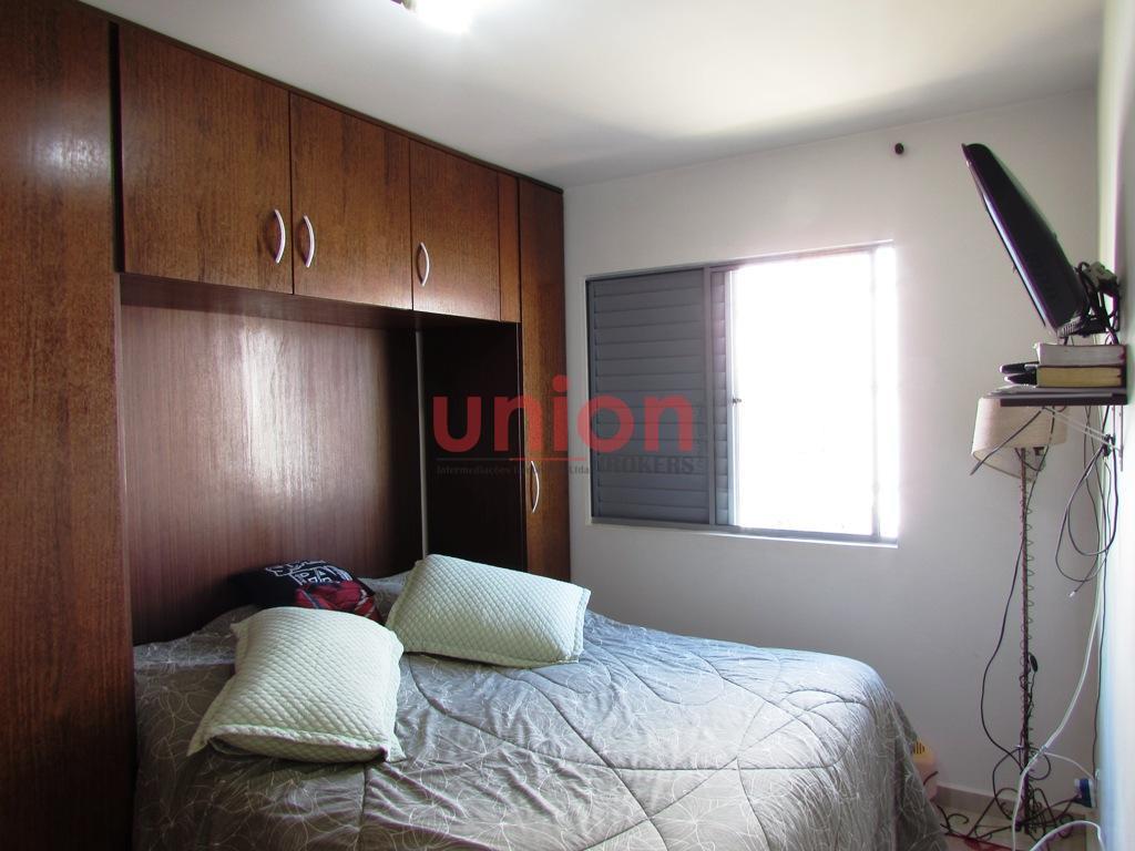 Dormitório (a)