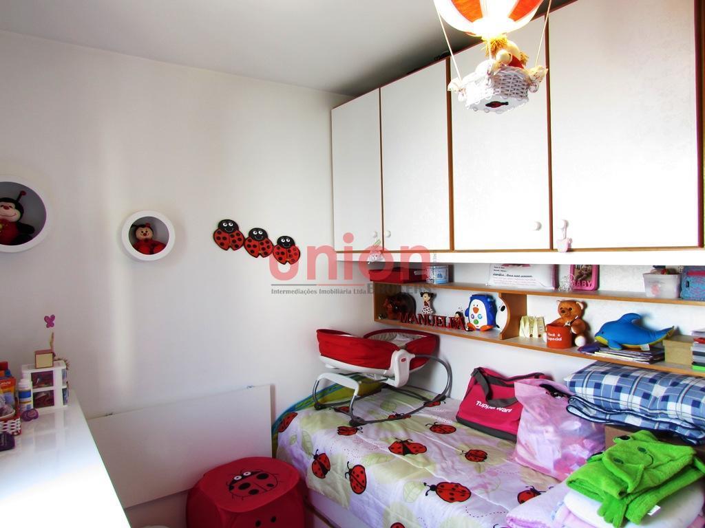 Dormitório (b)