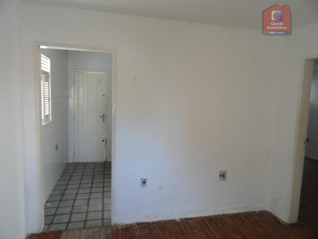 sala para 02 ambientes, 3 quartos sendo 1 suite, wc social, sala de jantar, pergolado, cozinha,...