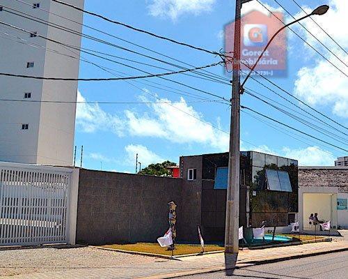Apartamento à venda por R$ 300.000 - Ponta Negra - Natal/RN