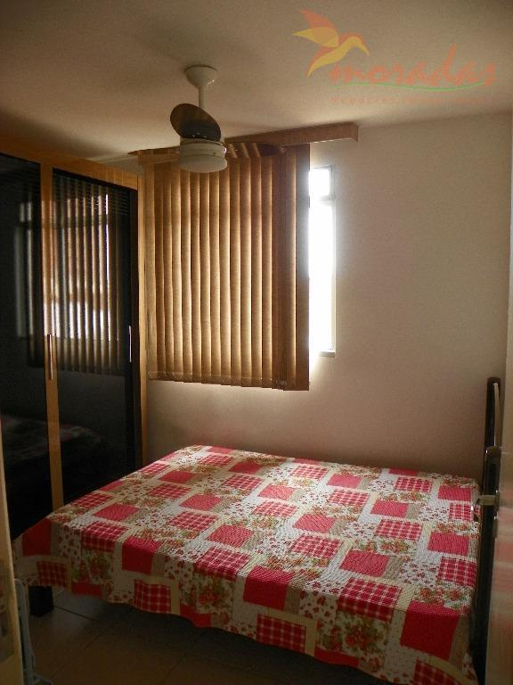 apartamento bem localizado, em ótimo estado de conservação em condomínio com playground e salão de festas.