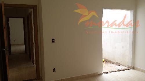 excelente casa com 154m², 4 vagas de garagens sendo 2 cobertas e 2 descobertas, ampla sala...