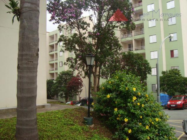 Apartamento residencial para locação, Bandeiras, Osasco - AP1589.