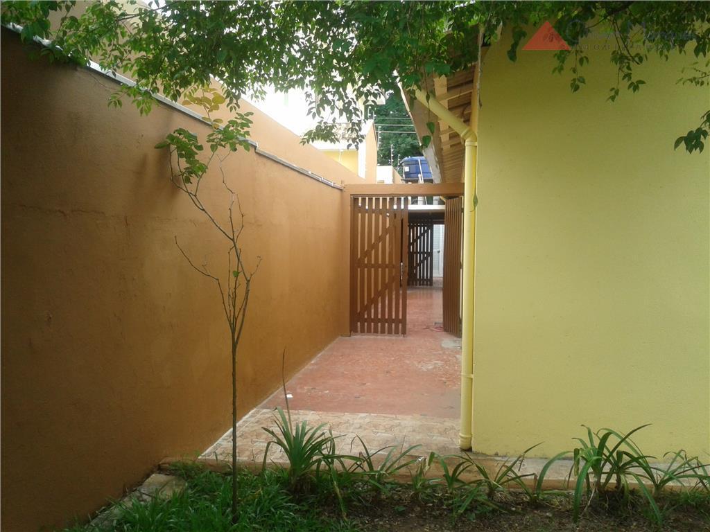 Casa residencial para locação, Jaguaré, São Paulo - CA0683.