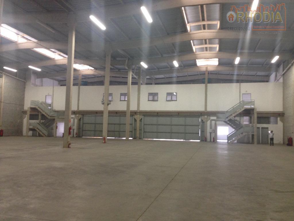 Galpão 1300 m²  Fácil acesso à Rodovia - Barueri
