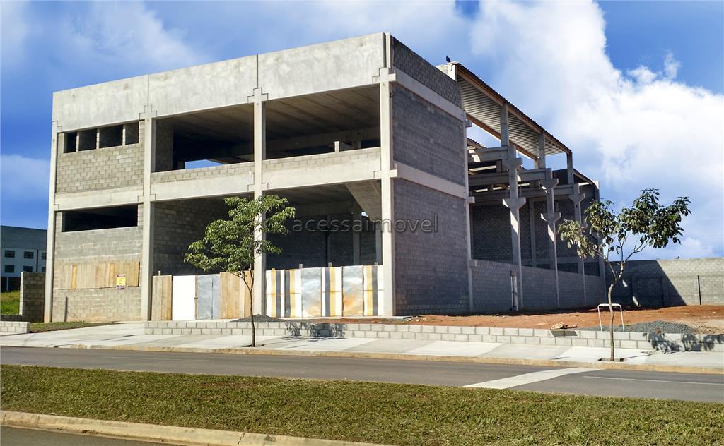 galpão novo, em fase de acabamento, são 1.200m² construídos, logística excepcional, apenas 800 metros da rodovia...