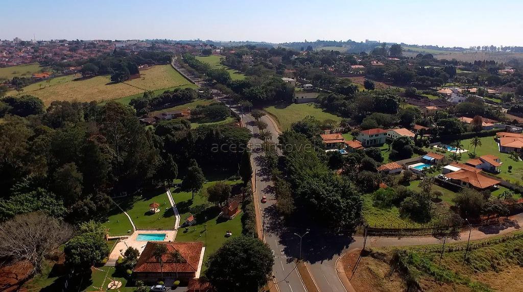 para quem deseja morar ou investir num lugar tranquilo, seguro, com uma excelente vizinhança, bairro novo,...