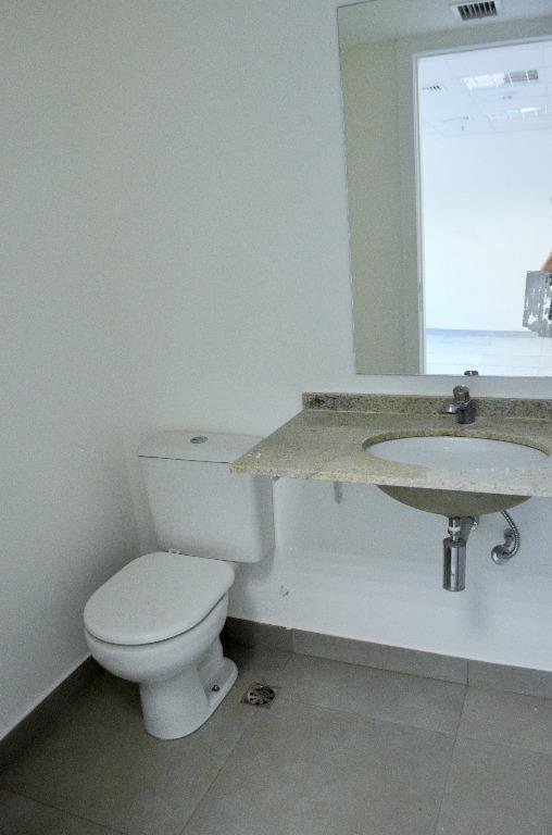 dom gerardo - andar exclusivo com 374 m2, salão em vão livre, copa, 5 banheiros, piso...