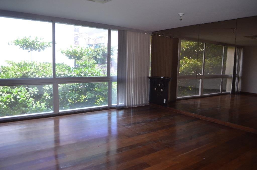 Apartamento residencial para locação, Leblon, Rio de Janeiro.