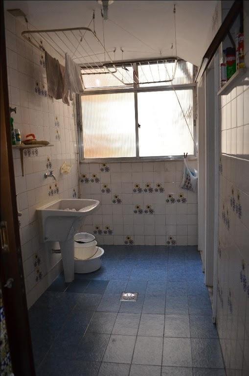 rua general artigas - apartamento com 140 m2, frente, único no andar, sala com split cassete...