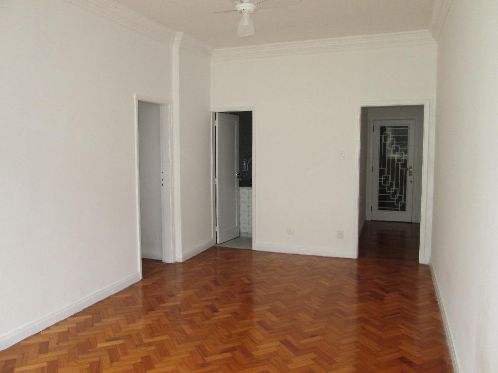 Apartamento residencial para locação, Copacabana, Rio de Janeiro.