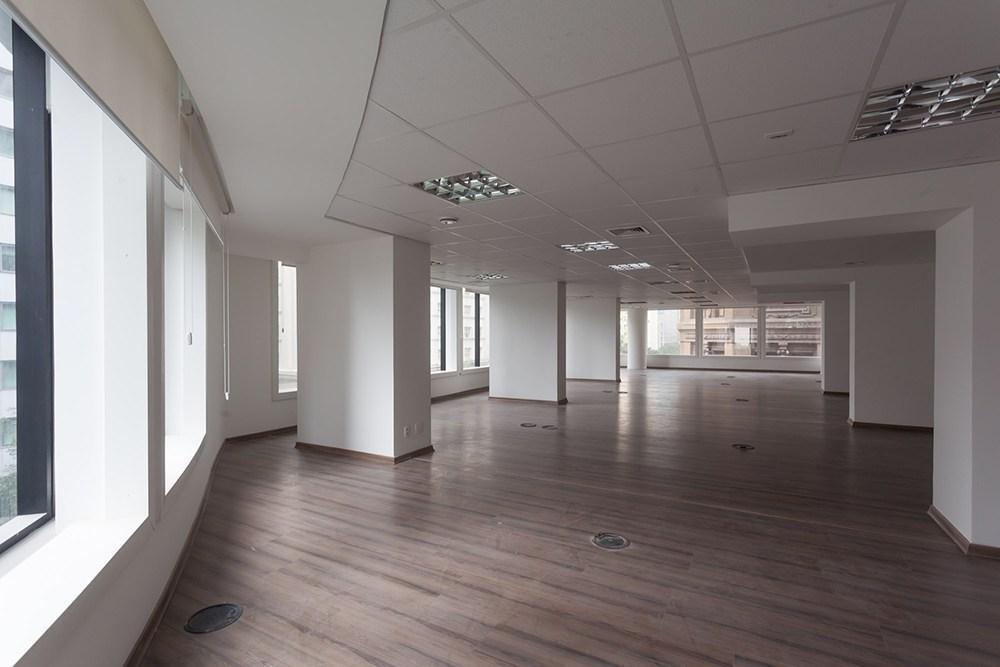 rio branco - andar exclusivo com 294 m2, reformado, vão livre, 5 banheiros sendo 1 pne,...