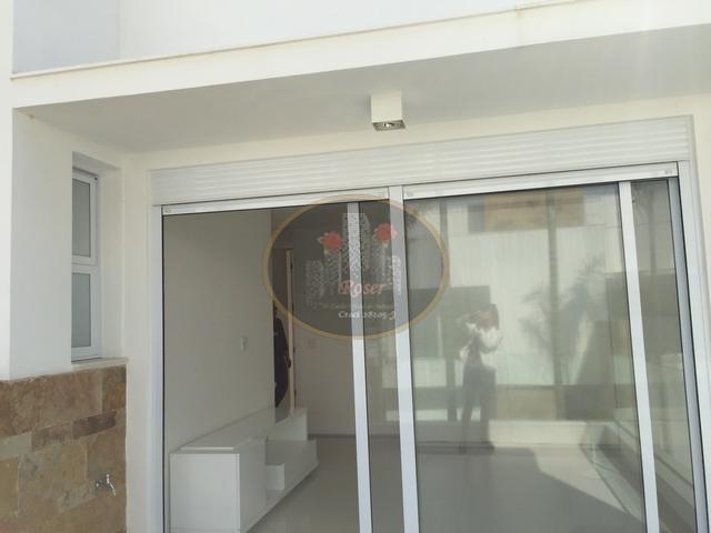 Casa de 5 dormitórios em Centro, São Sebastião - SP