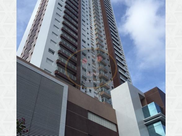 Apartamento de 3 dormitórios em Pompéia, Santos - SP