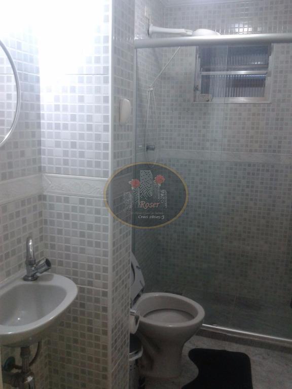 Apartamento de 3 dormitórios à venda em Embaré, Santos - SP