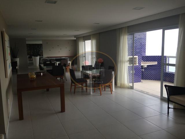 Apartamento de 2 dormitórios em Itararé, São Vicente - SP