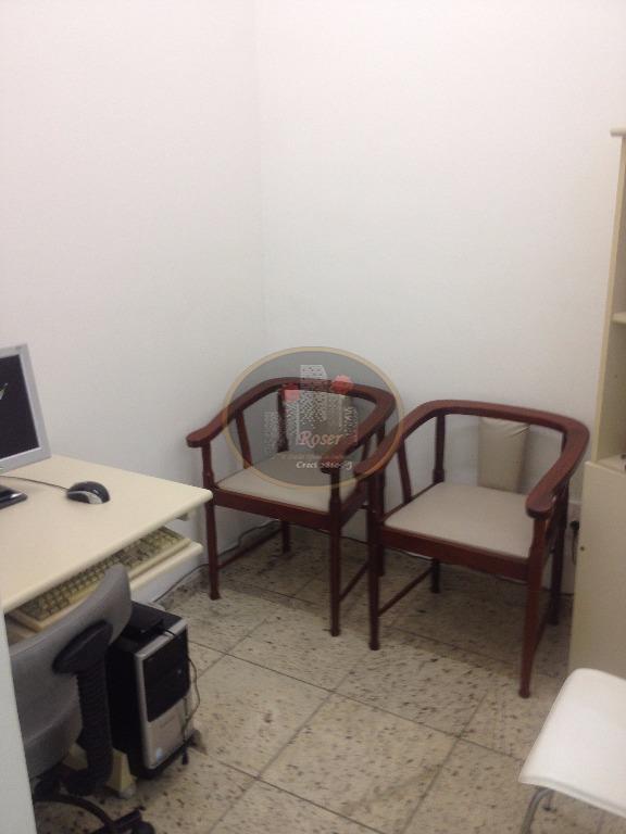 Casa de 4 dormitórios à venda em Embaré, Santos - SP