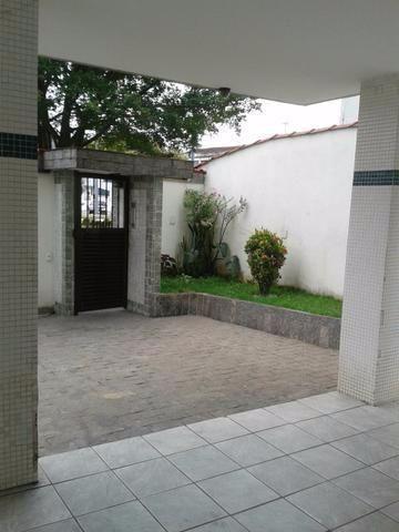 Apartamento de 2 dormitórios em Centro, São Vicente - SP