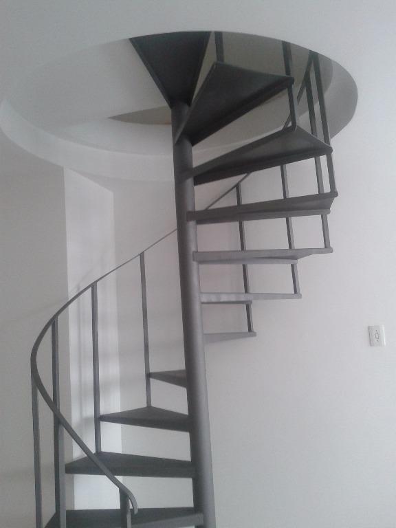 Apartamento Duplex de 1 dormitório em Centro, São Vicente - SP