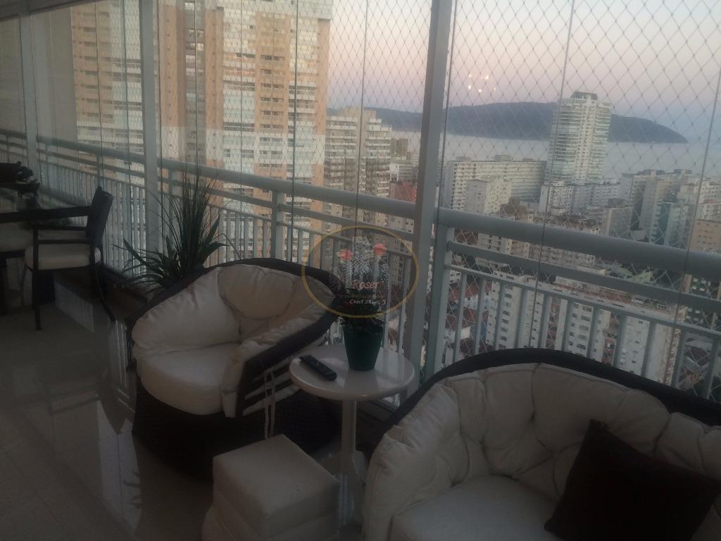 Cobertura de 3 dormitórios em Gonzaga, Santos - SP