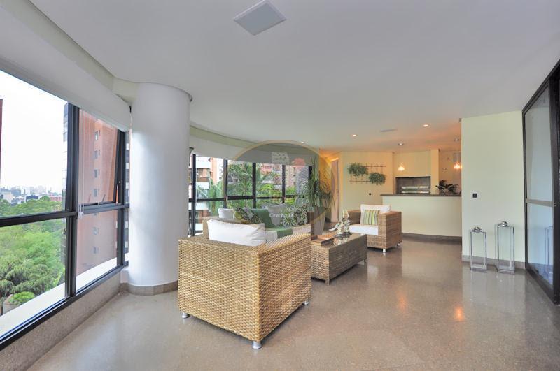 Apartamento de 5 dormitórios à venda em Jardim Vitória Régia, São Paulo - SP