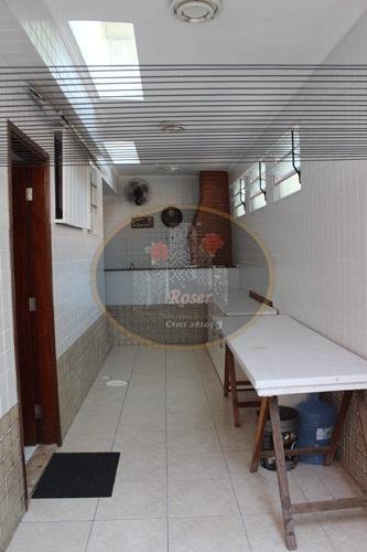 Casa de 3 dormitórios à venda em Aparecida, Santos - SP