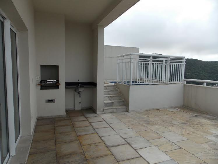 Cobertura de 4 dormitórios em Marapé, Santos - SP